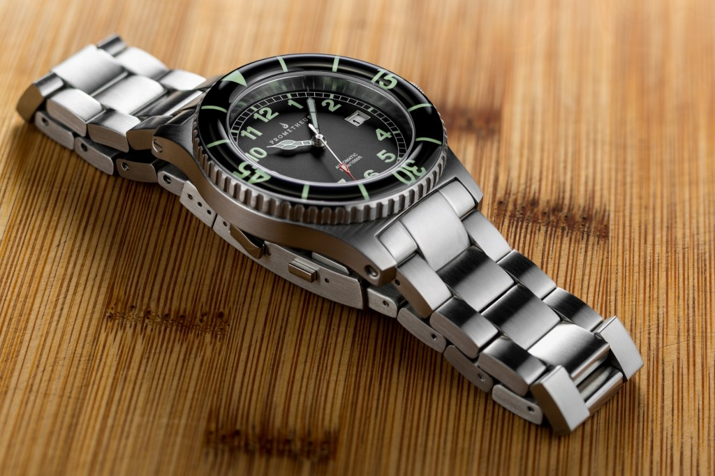 Prometheus Sailfish 300m Diver Watch Black Dial Sapphire Bezel 5